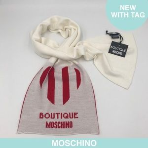 Moschino white mixed wool scarf + tag